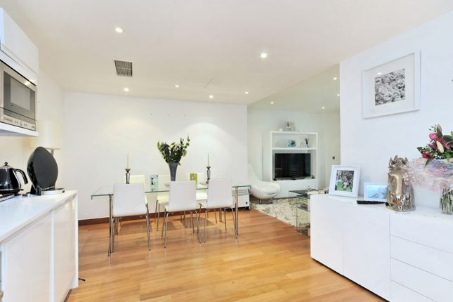 1 bed flat for sale in St John's Wood Road, London