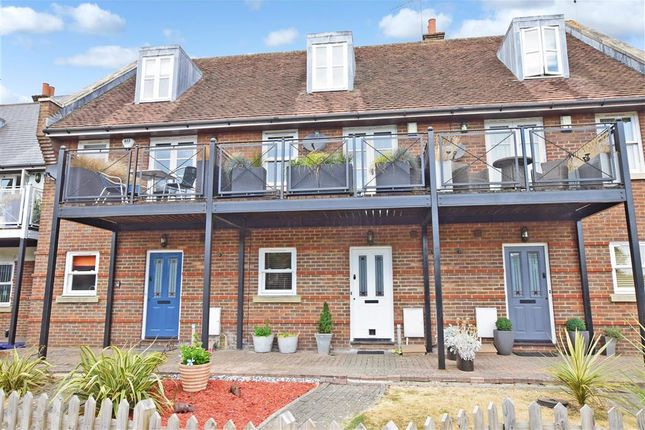 Thumbnail Town house for sale in Wheelwrights Close, Arundel, West Sussex