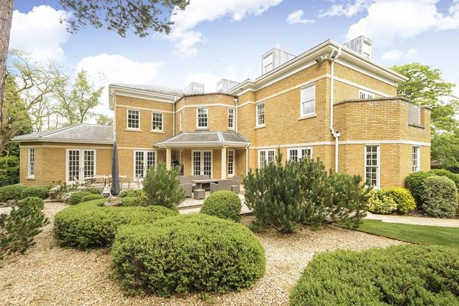 Thumbnail Detached house to rent in Titlarks Hill Road, Sunningdale