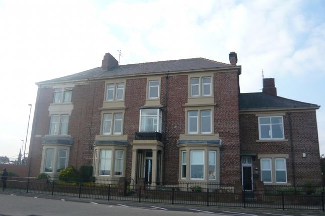 Thumbnail Flat to rent in Grand Parade, Tynemouth