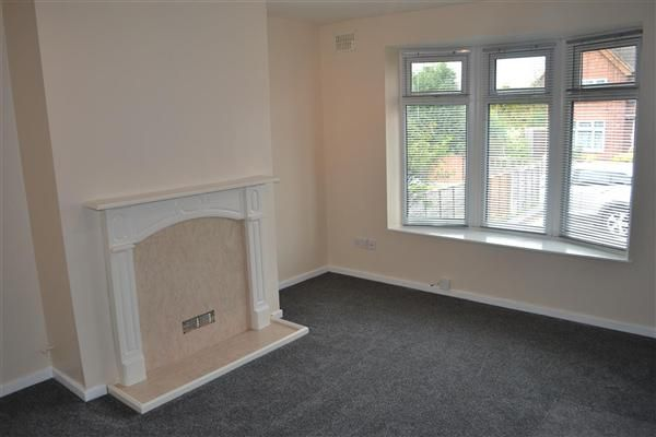 Thumbnail Semi-detached house to rent in Drayton Street, Alumwell, Walsall