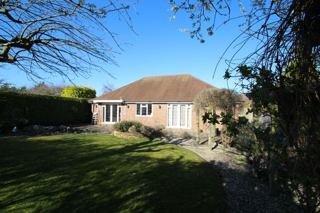 Thumbnail Detached bungalow for sale in Gables Close, Wendover, Aylesbury