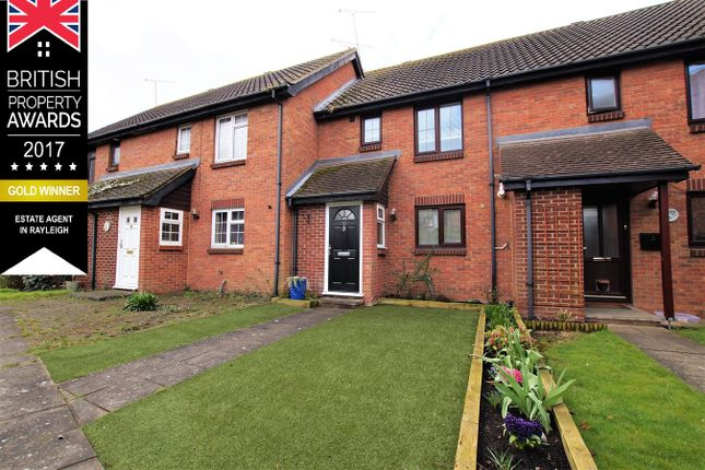 Terraced house for sale in Lincoln Way, Rayleigh