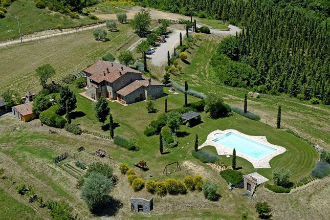 6 bed town house for sale in Località Cantone, 05010 Parrano Tr, Italy