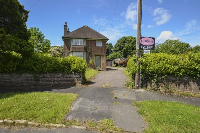 3 bed detached house for sale in Bingham Drive, Lymington