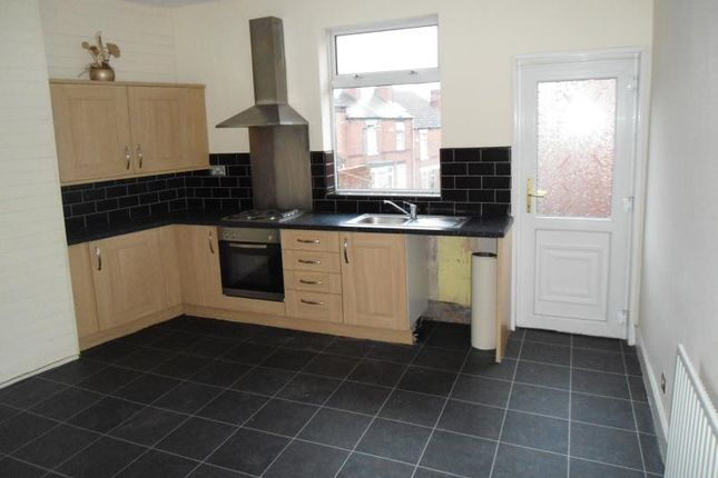 3 bed terraced house to rent in 10 William Street, Wellgate, Rotherham