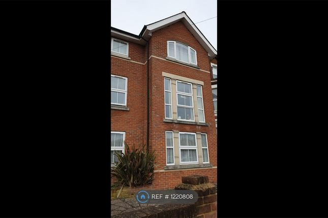 2 bed flat to rent in Winchester Road, Southampton SO16