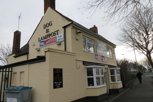Thumbnail Pub/bar to let in Dudley Road, Brierley Hill