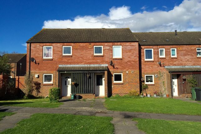 Thumbnail Property to rent in Nuffield Close, Didcot