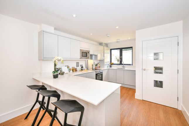 Thumbnail Town house for sale in Zion Place, Thornton Heath