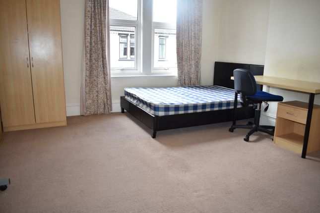 Thumbnail Terraced house to rent in Grayshott Road, Southsea