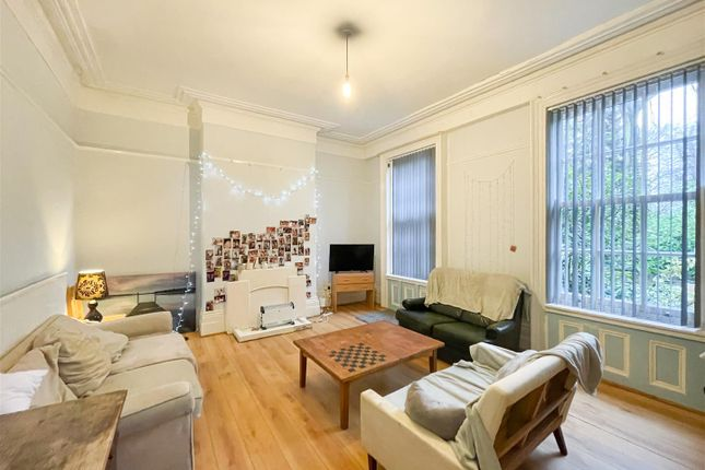 Thumbnail Flat to rent in 16 Ashgate Road, Broomhill, Sheffield