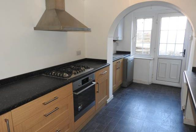 Thumbnail Property to rent in St Margarets Avenue, Jersey Marine, Neath