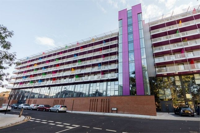 Thumbnail Flat for sale in Station House, 6 Carriage Way, London