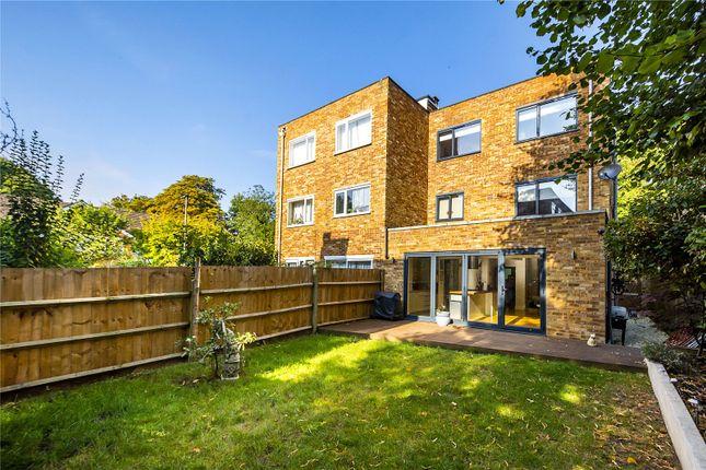 Picture No. 17 of Oak Hill, Surbiton, Surrey KT6