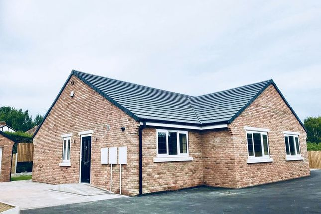 Thumbnail Semi-detached bungalow for sale in Middle Oxford Street, Castleford