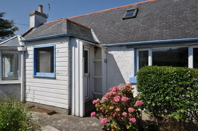 Thumbnail Cottage for sale in 135 Findhorn, Findhorn