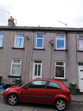 Thumbnail Terraced house to rent in Commercial Street, Griffithstown Pontypool