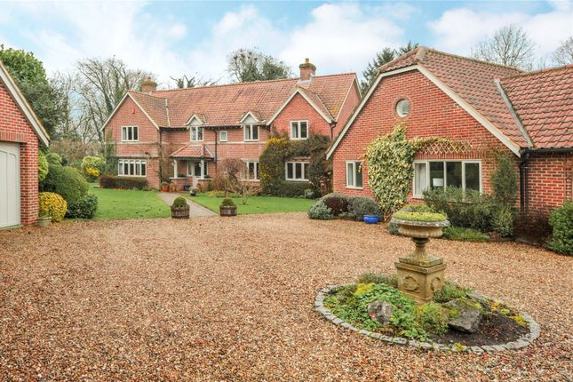 5 bed detached house for sale in Broad Hinton, Swindon, Wiltshire