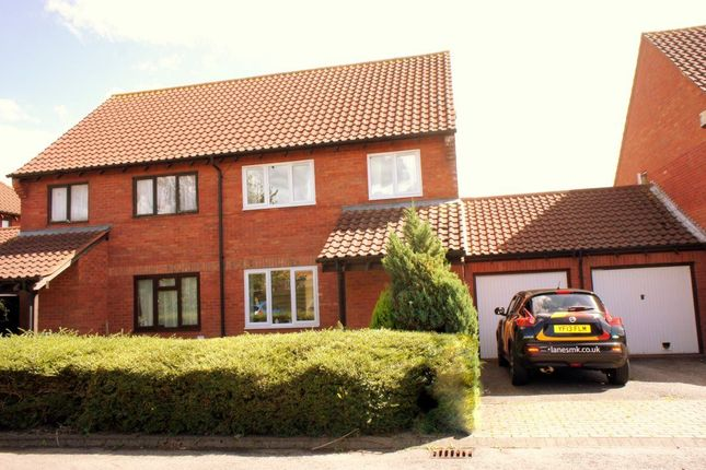 Thumbnail Property to rent in Harebell Close, Walnut Tree, Milton Keynes MK77Ba