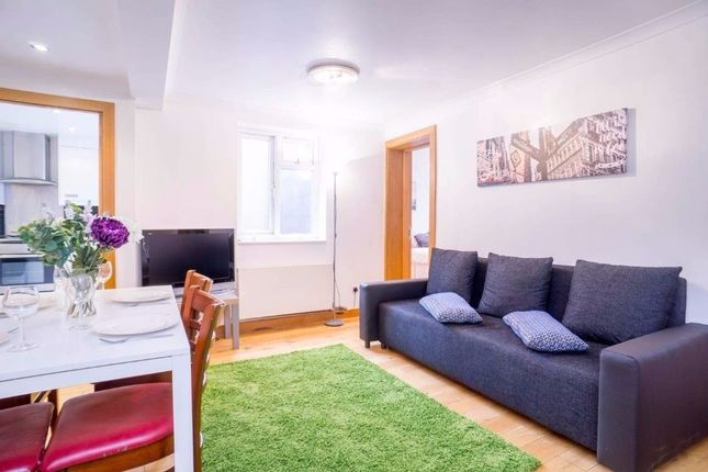 2 bed flat to rent in North End Road, West Kensington