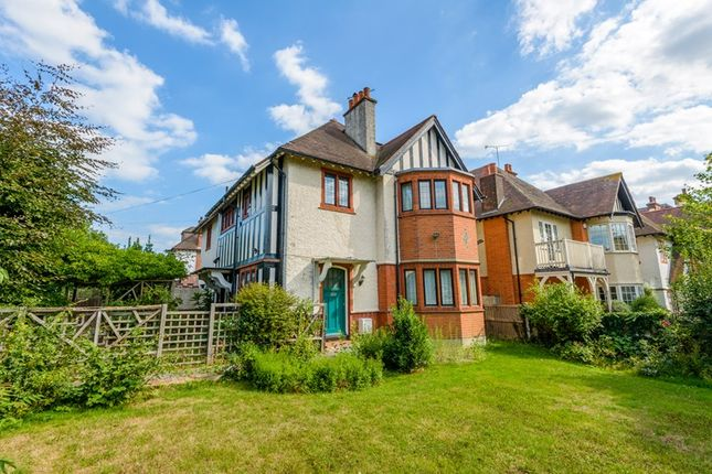 Thumbnail Maisonette for sale in Kings Road, Westcliff-On-Sea