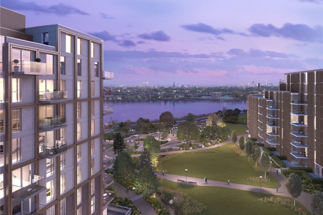 Thumbnail Flat for sale in Woodberry Down, Manor House, London