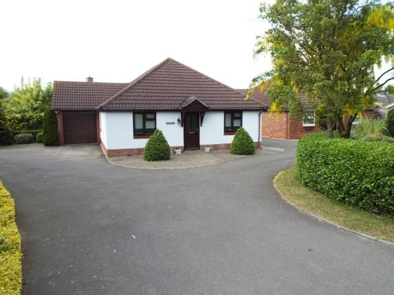 3 bed bungalow for sale in Waldingfield Road, Sudbury
