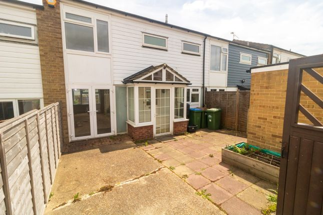 Thumbnail Terraced house to rent in Brading Close, Southampton