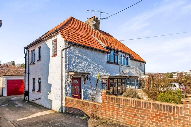 Thumbnail Cottage for sale in Dale Avenue, Brighton