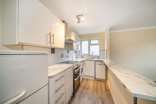 Thumbnail Flat to rent in Sheldon Close, Penge