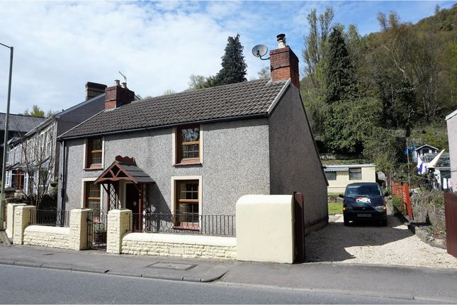 Thumbnail Cottage for sale in Berw Road, Pontypridd