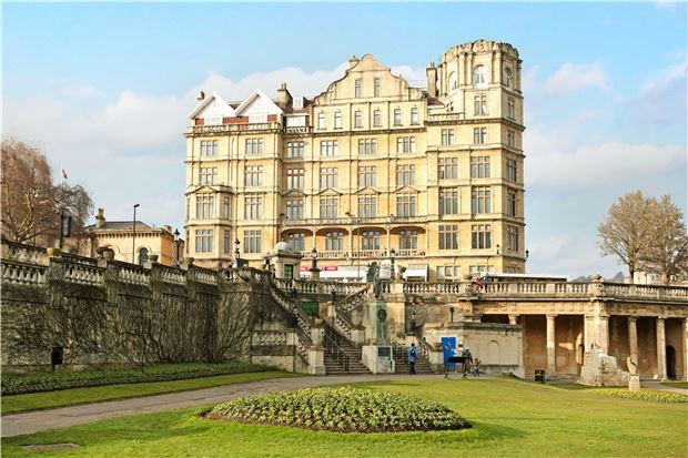 Thumbnail Flat for sale in Grand Parade, Bath, Somerset