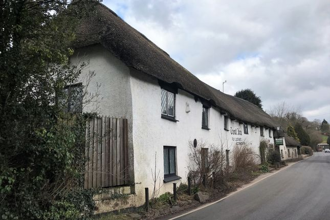 Thumbnail Pub/bar to let in Substantial 16th Century Thatched Inn EX16, Bickleigh, Devon