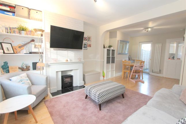 Thumbnail Property for sale in Upper Road, Wallington