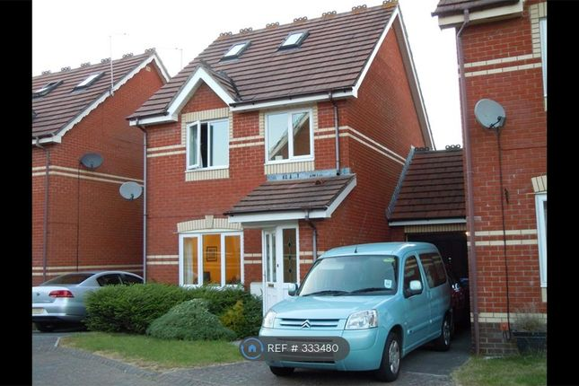 Thumbnail Detached house to rent in Kingham Close, Chippenham