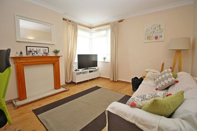 Thumbnail Flat to rent in Manor Vale, Brentford