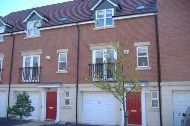 Thumbnail Property to rent in Clumber Close, Loughborough