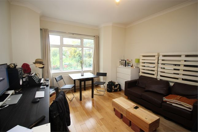 Thumbnail Flat to rent in Station Road, Wood Green, London