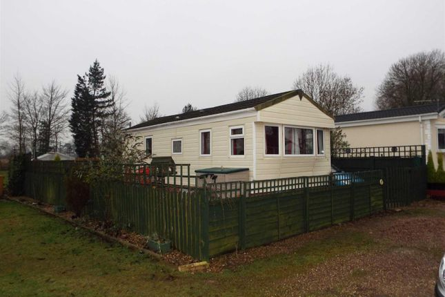 Thumbnail Mobile Park Home For Sale In Caravan Carlton Manor