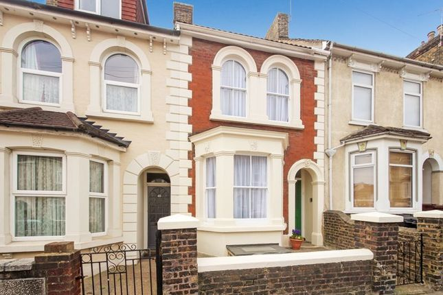 Thumbnail Property for sale in Grove Road, Strood, Rochester