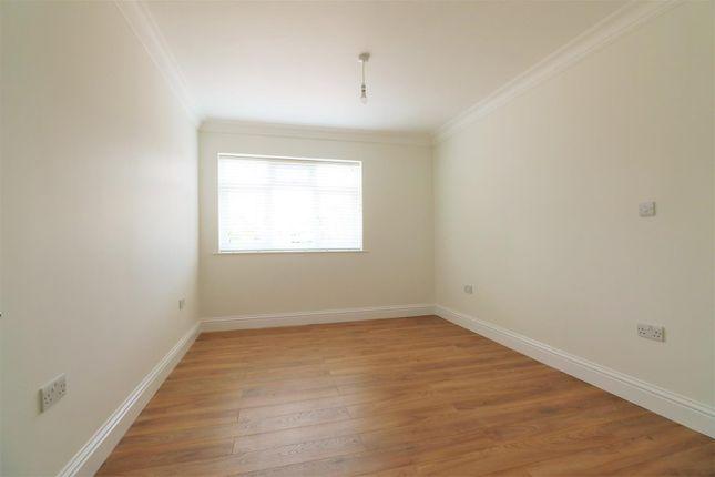 Bedroom of Montrose Close, Welling DA16