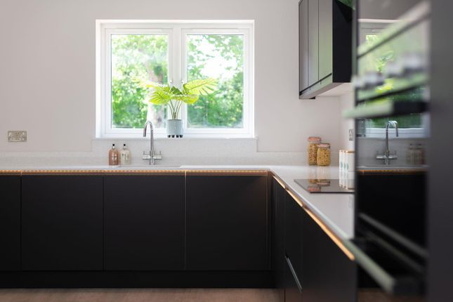 Kitchen Features of Rochester Avenue, Canterbury CT1