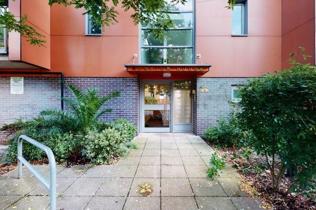 Thumbnail Flat for sale in Hampton House, Ascalon Street, Wandsworth, Wandsworth