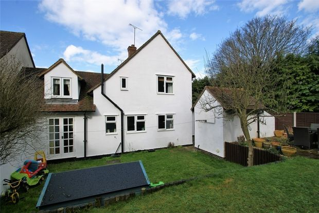 Thumbnail Terraced house for sale in The Causeway, Finchingfield, Braintree