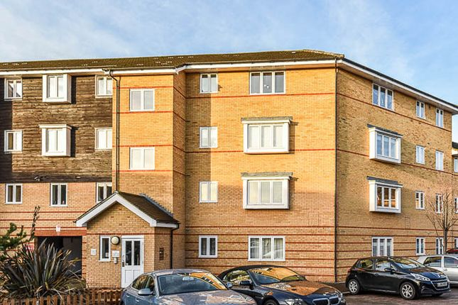 Thumbnail Flat for sale in Stanley Close, New Eltham, London