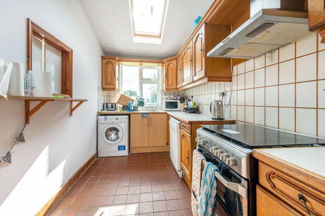 Thumbnail Property to rent in Helen Avenue, Feltham