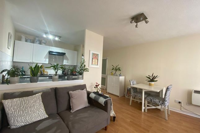 1 bed flat to rent in Castle Road, Southsea PO5