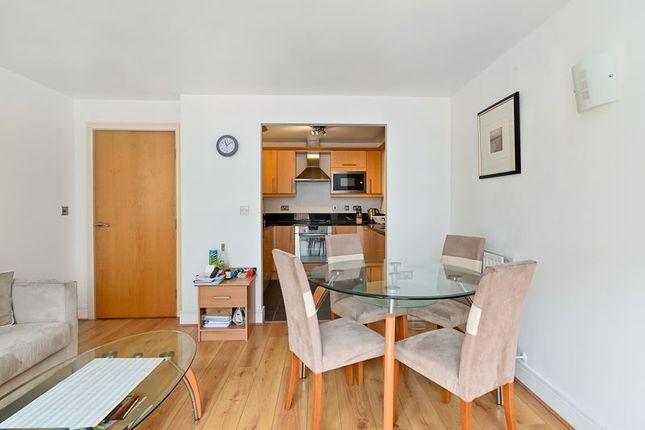 Photo 14 of Moore House, Canary Wharf E14