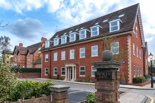 1 bed flat for sale in Homer Road, Solihull B91